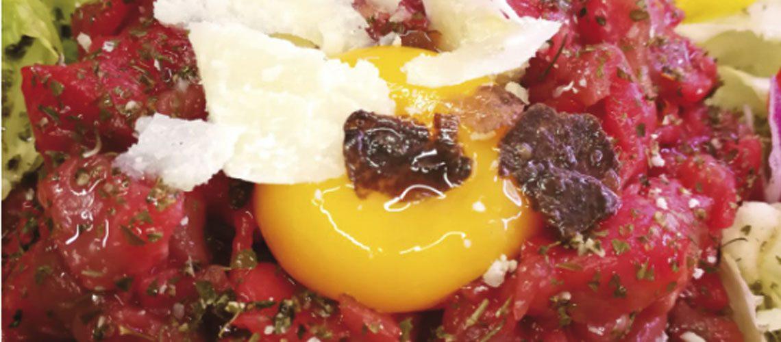 Tartare di cavallo con uovo